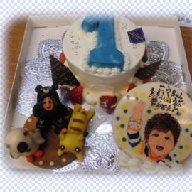 主役の僕は着ぐるみで登場!!1歳のお祝ケーキ^^
