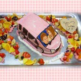 ピンクの愛車に乗ってウエディングドライブ^^